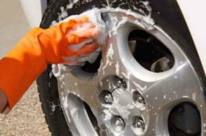 アルミホイール洗車イメージ