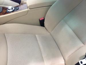 BMW 3シリーズ ブラックメタリック  シートしみ抜き