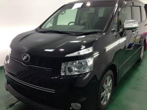 トヨタ ボクシー ブラック ボディガラスコーティング